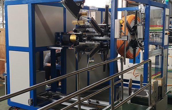 Automataic coiling machine for pipe coil
